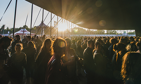 Anticipant crowds at Field Day… Photograph: Carolina Faruolo