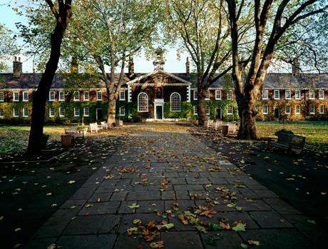Geffrye Almshouses in autumn