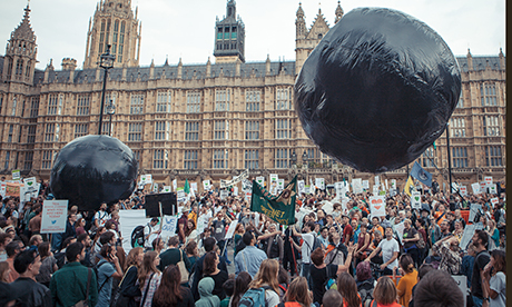 Global_divestment_day_460