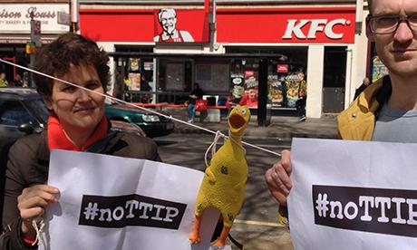 noTTIP protest_chicken_460