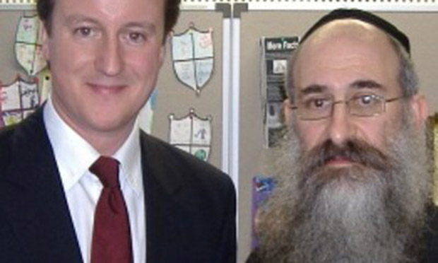 Harvey Odze with David Cameron (Photograph: @HarveyOdze/Twitter)