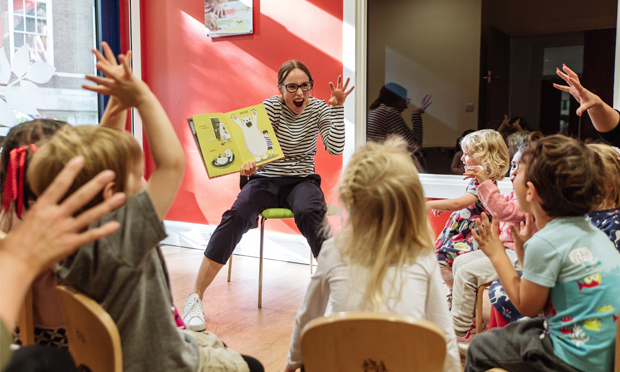 Children's author and illustrator Sophy Henn read for local children at Story Starters' recent launch at Coram Campus in Bloomsbury. Photograph: Beanstalk